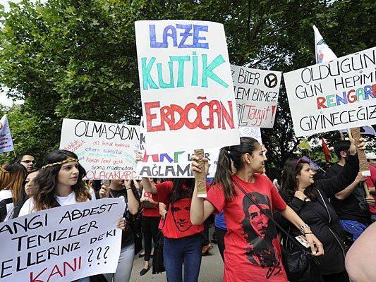 Demonstration anlässlich des Besuchs des türkischen Ministerpräsidenten Recep Tayyip Erdogan