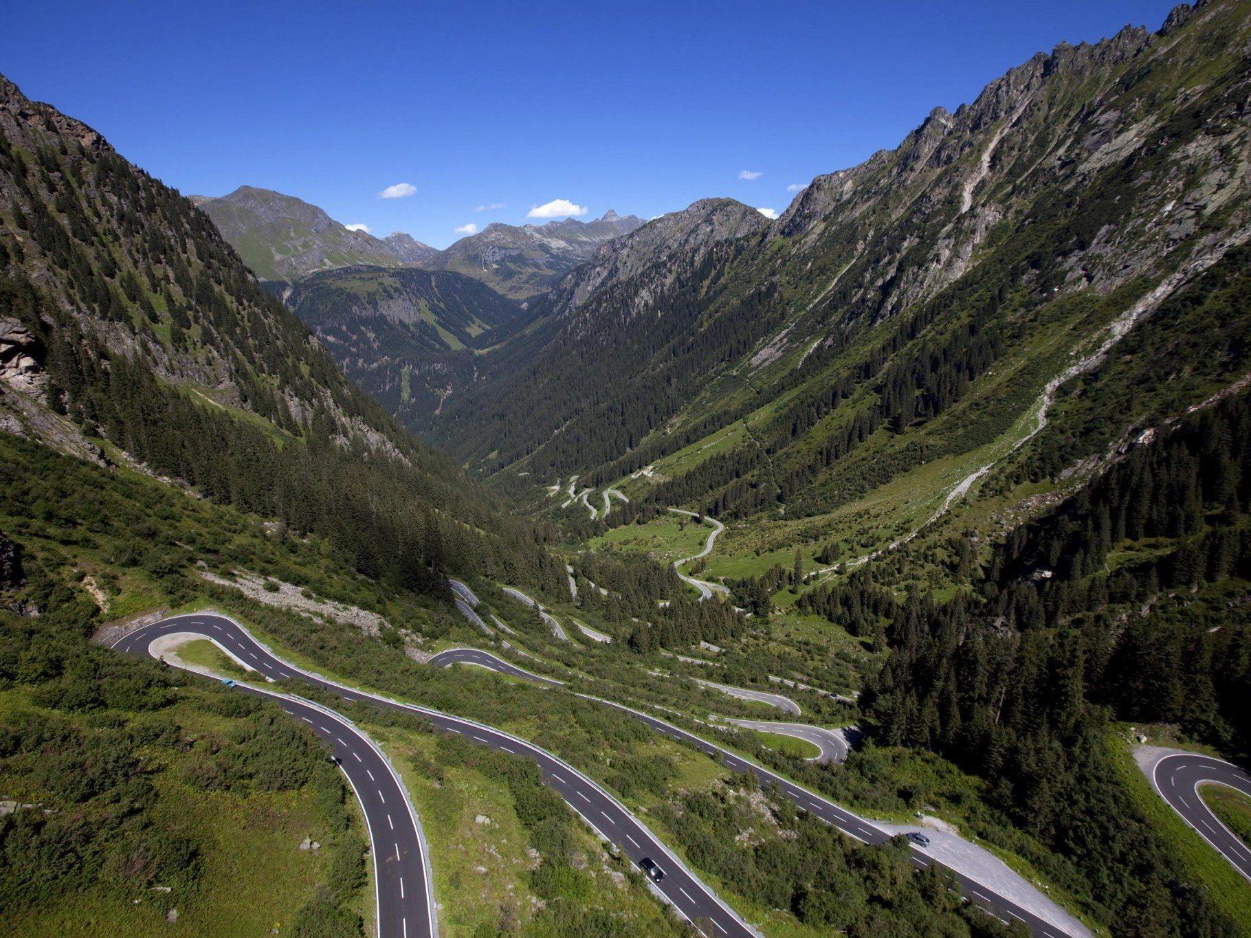 Am Samstag, 7. Juni: Aufhebung der Wintersperre der Silvretta-Hochalpenstraße zwischen Partenen im Montafon und Galtür.
