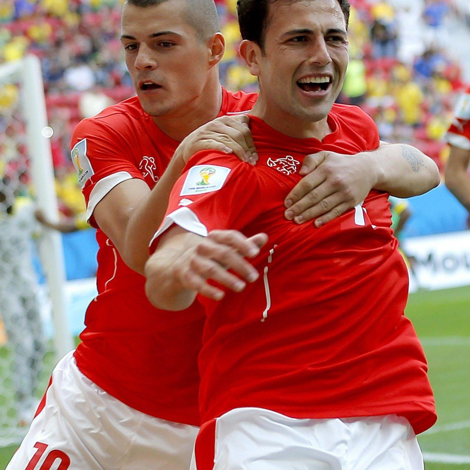 Mehmedi erzielte den wichtigen Ausgleich für die Schweiz.