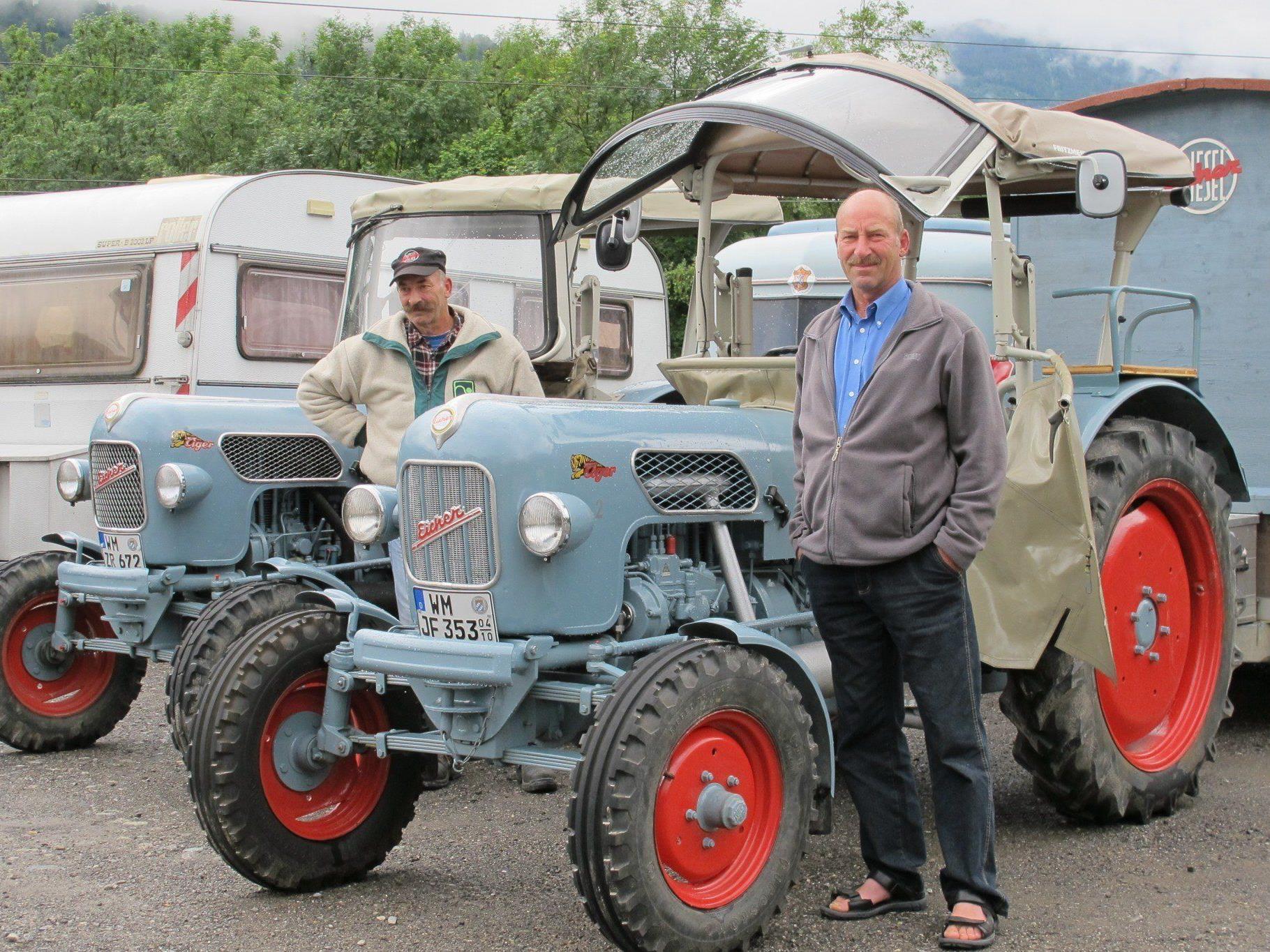 Traktoren Bj. 1980 und älter können bewundert werden.