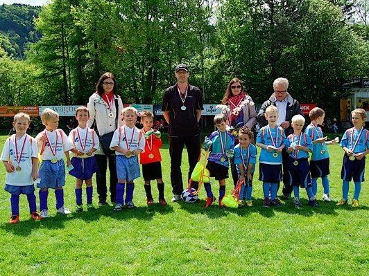"""""""Allianz-Kindergartenspiel beim letzt jährigen Pfingstturnier des FC Nüziders…"""""""