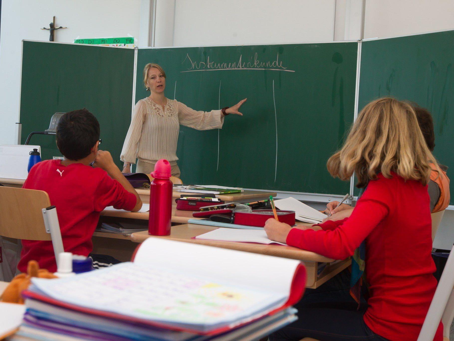 Sowohl an Pflichtschulen als auch an höheren Schulen haben Lehrer gute Jobchancen.