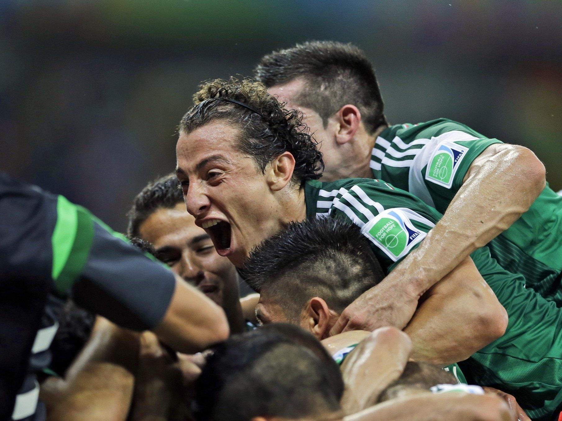 MExiko bejubelt einen klaren Sieg gegen Kroatien und den Einzug ins WM-Achtelfinale.