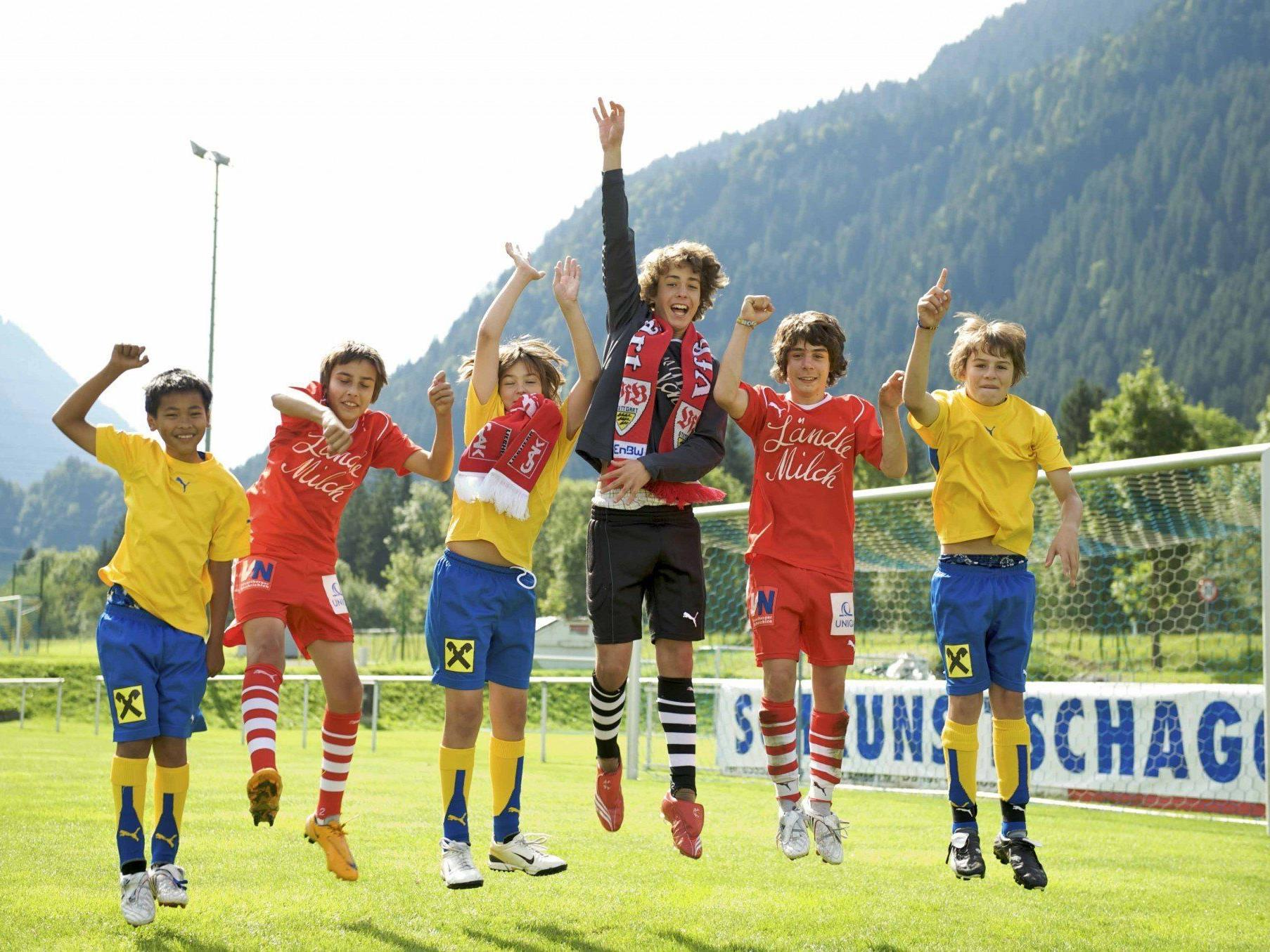 In den nächsten Tagen wird nicht nur bei der WM, sondern auch im Montafon der Fußball den Ton angeben.