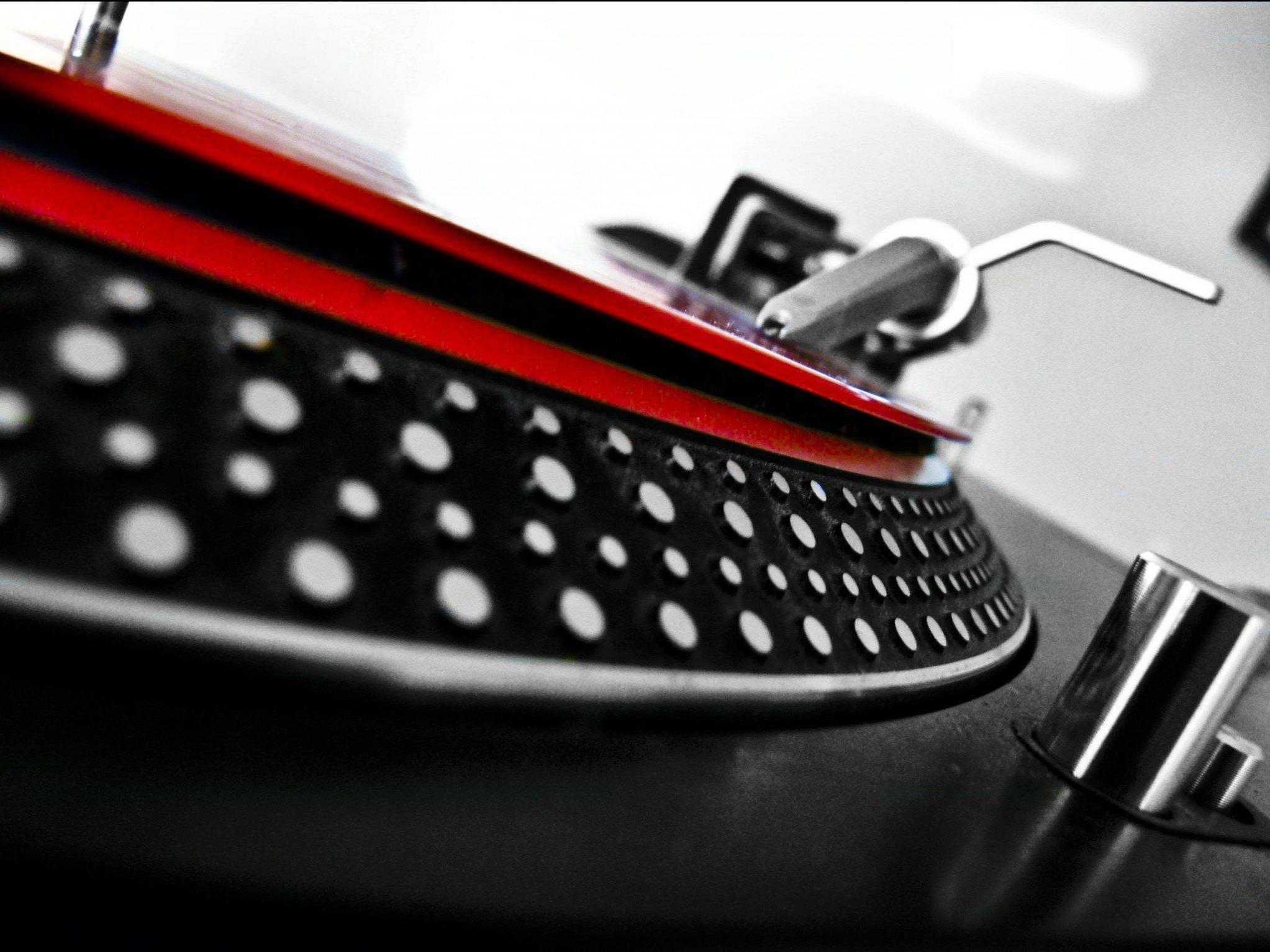 Der v:tunes DJ-Workshop findet am 5. Juli im Schlachthaus Dornbirn statt.