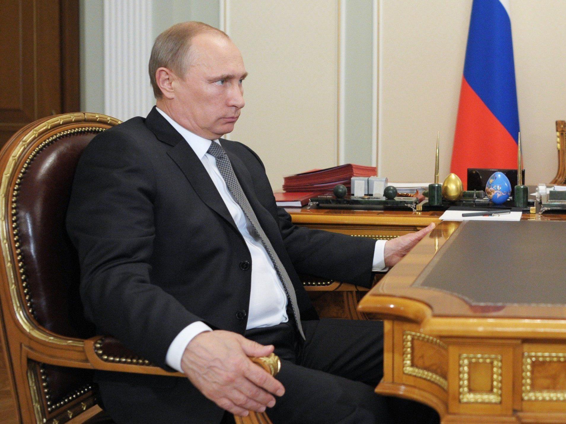 Kontakt der beiden Präsidenten nach Tod von zwei russischen Reportern in Ostukraine.