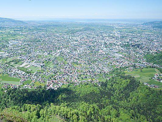 In Vorarlberg passen viele Standortfaktoren, es gibt aber auch noch Aufgaben für die Politik: Die Wirtschaft ist im Rheintal besonders leistungsfähig.