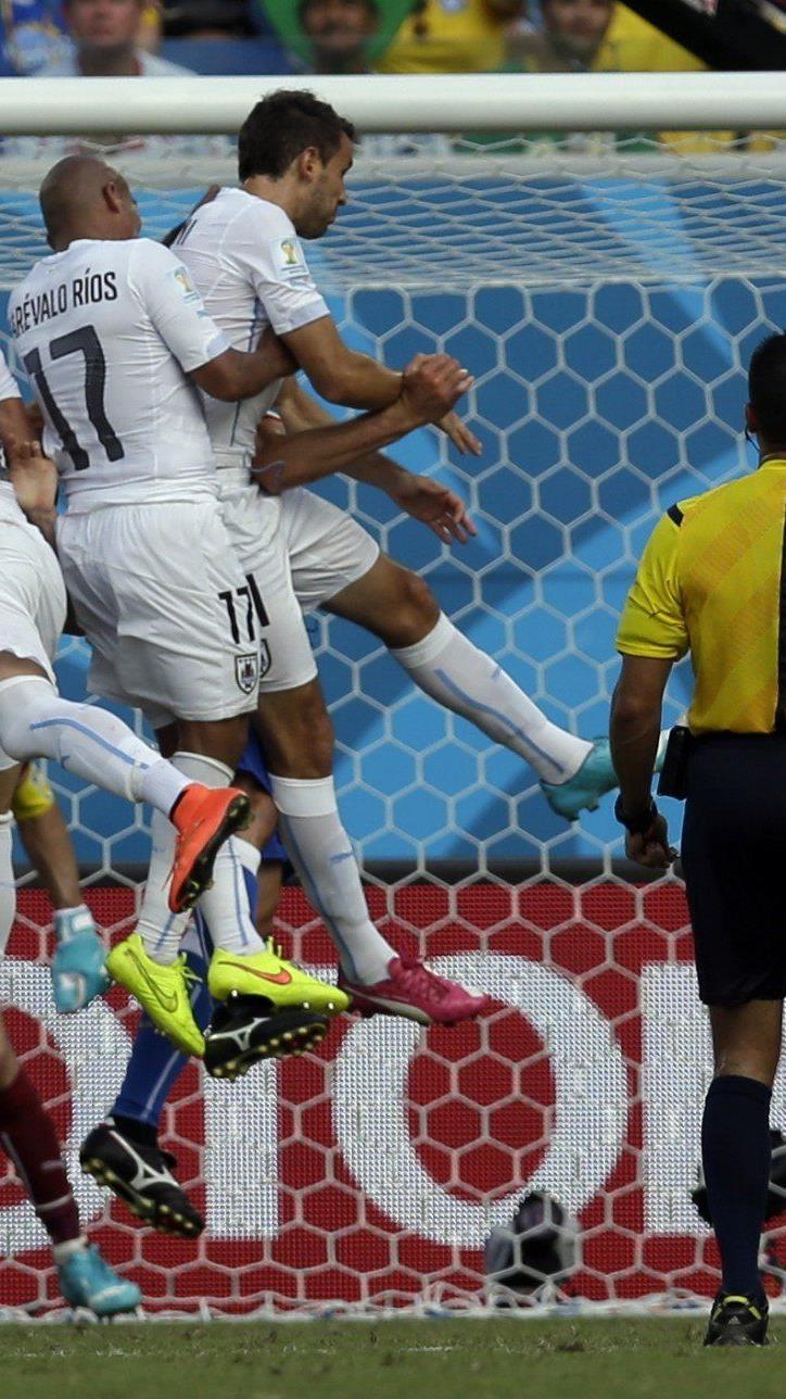 Diego Godin köpfte Uruguay ins Achtelfinale.