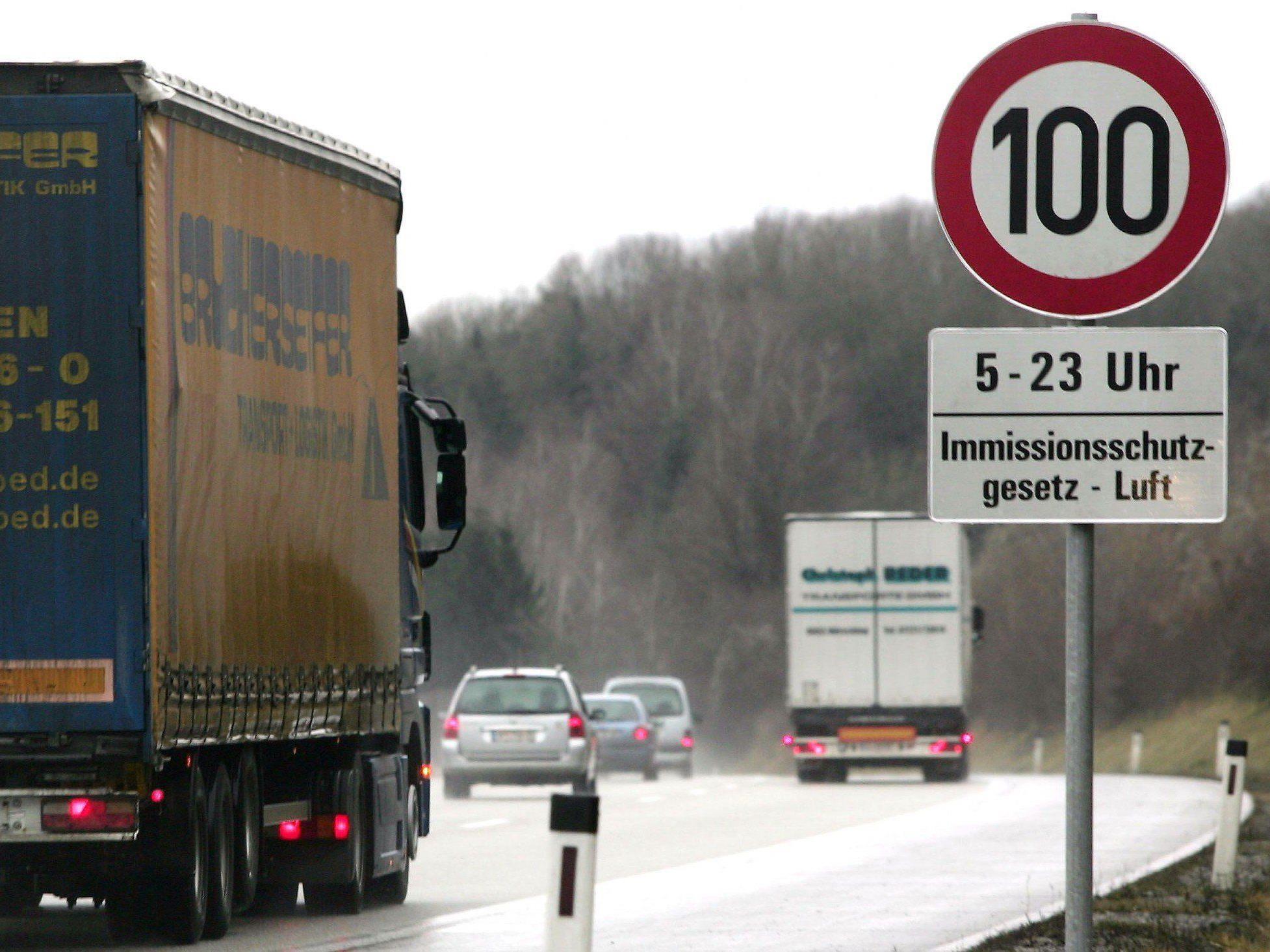 Tempo 100 auf Österreichs Autobahnen sind für den ÖAMTC keine Lösung.