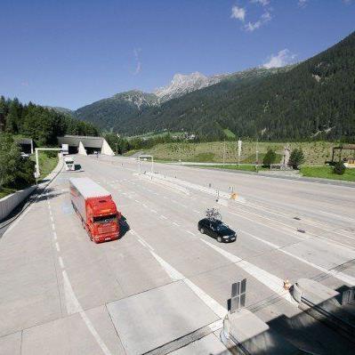 Arlbertunnel-Sperren: Frächter fordern Aussetzung der Pass-Fahrverbote