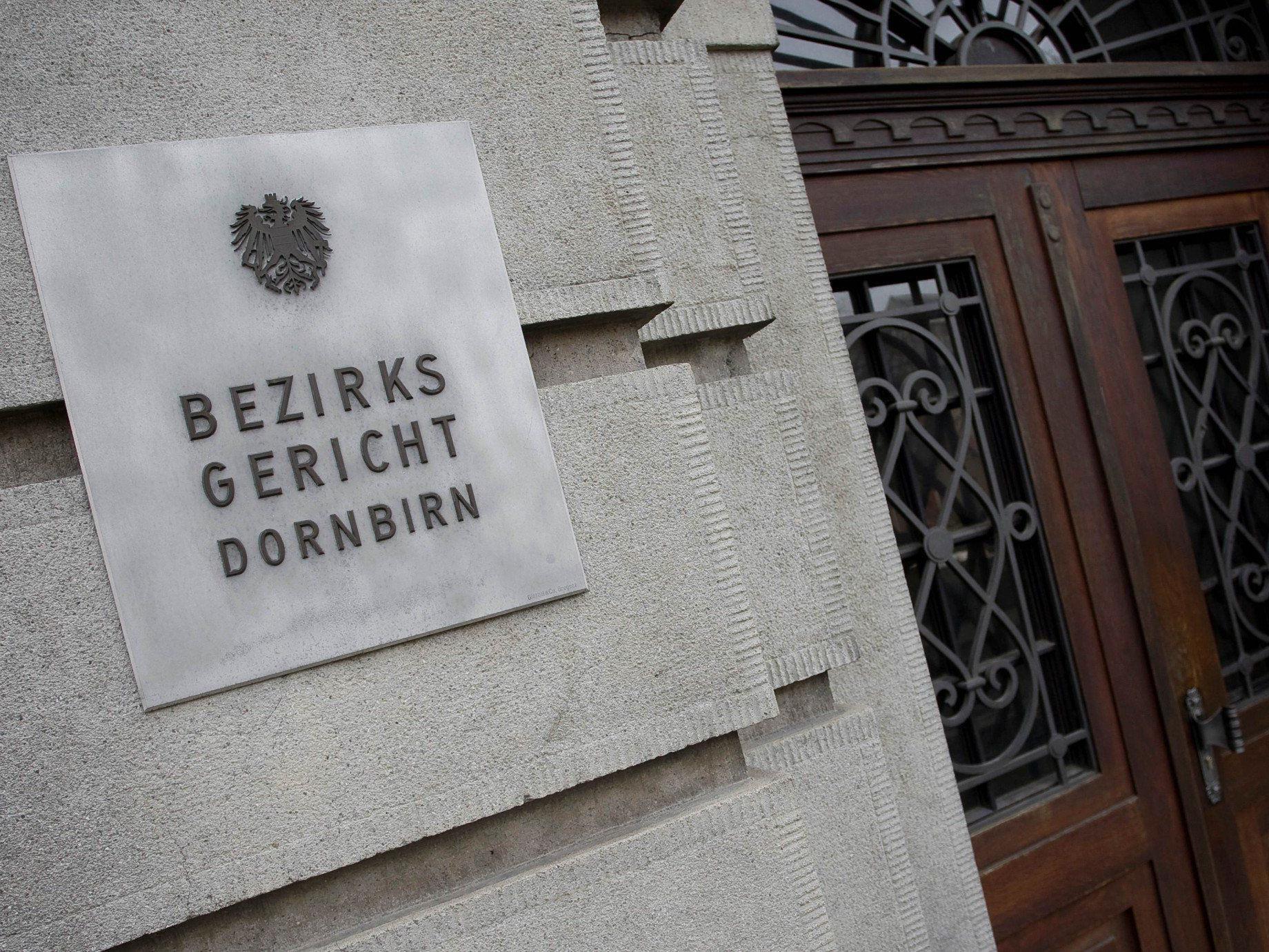 28-jährige Mutter am Bezirksgericht Dornbirn wegen Betrugs verurteilt.