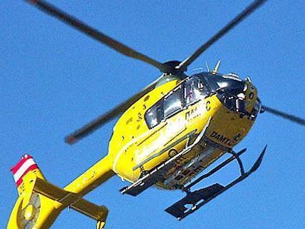 Die Verunfallte wurde leicht verletzt und mit dem C8 ins LKH Feldkirch eingeliefert.