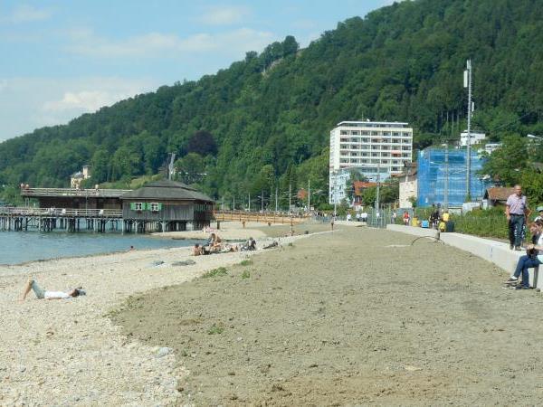 Die Bregenzer haben bereits vom neuen Uferabschnitt Besitz ergriffen.
