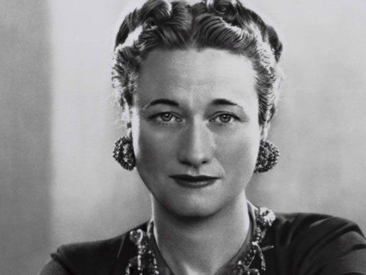 Die schillernde Herzogin von Windsor, Wallis Simpson, reiste angeblich nie ohne einem Fläschchen Lillet im Gepäck.