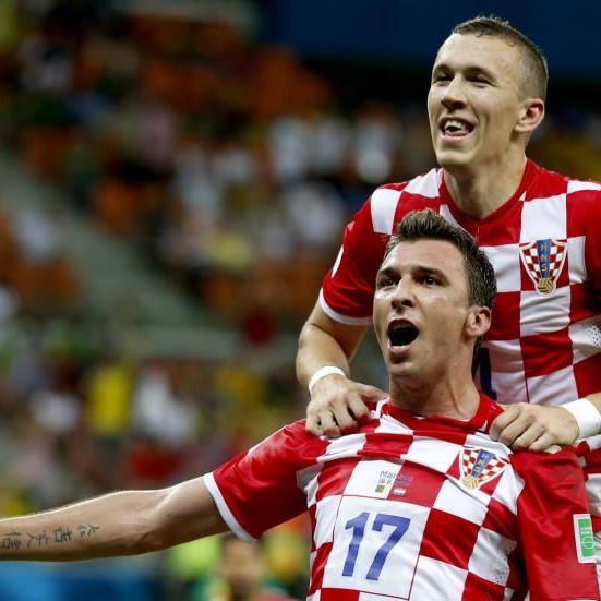 Stümerstar Mandzukic will Kroatien ins Achtelfinale schießen
