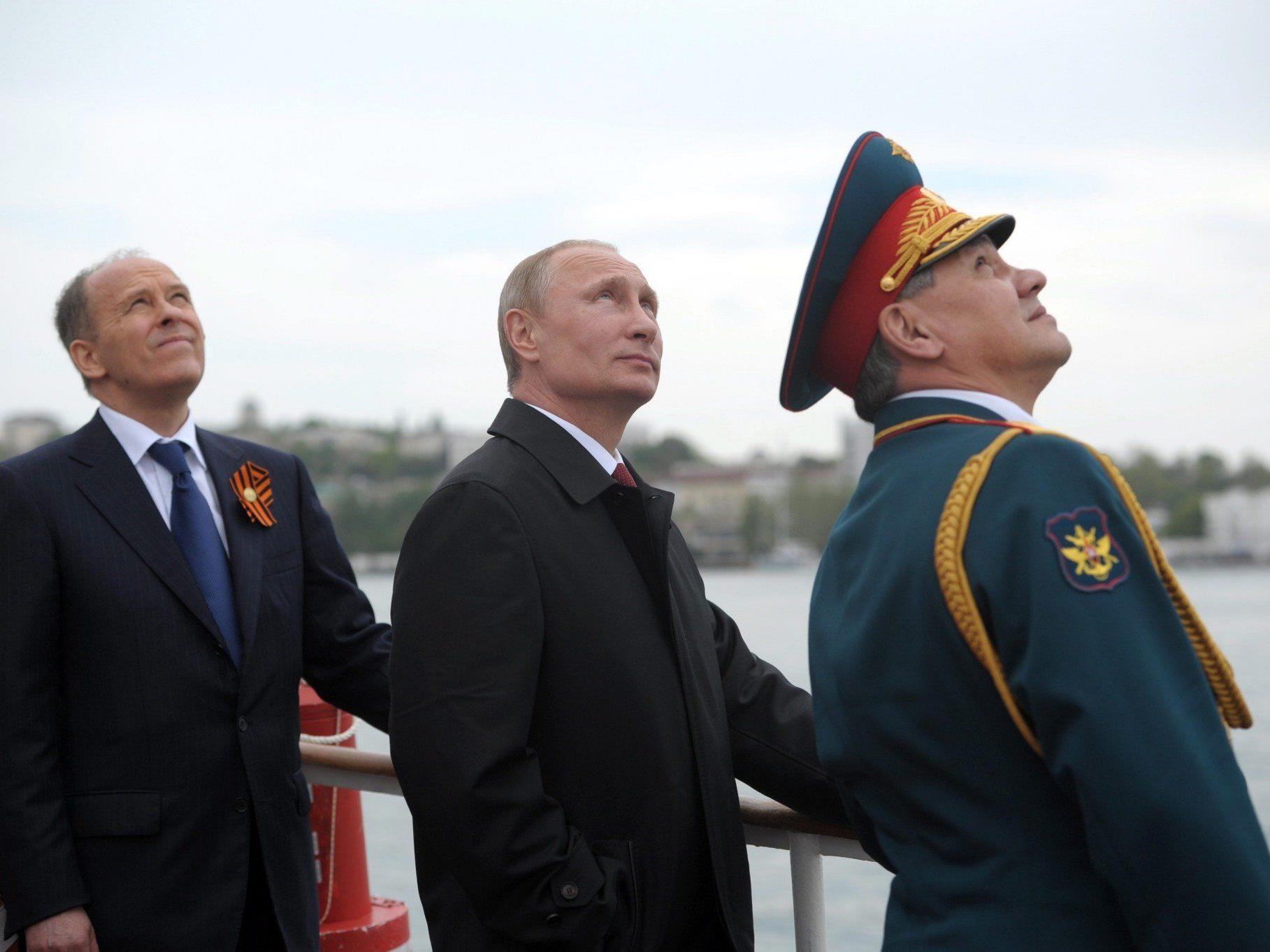 Im Umfeld Putins mehren sich die Intrigen, die Beobachter an das Jahr 2007 erinnern.