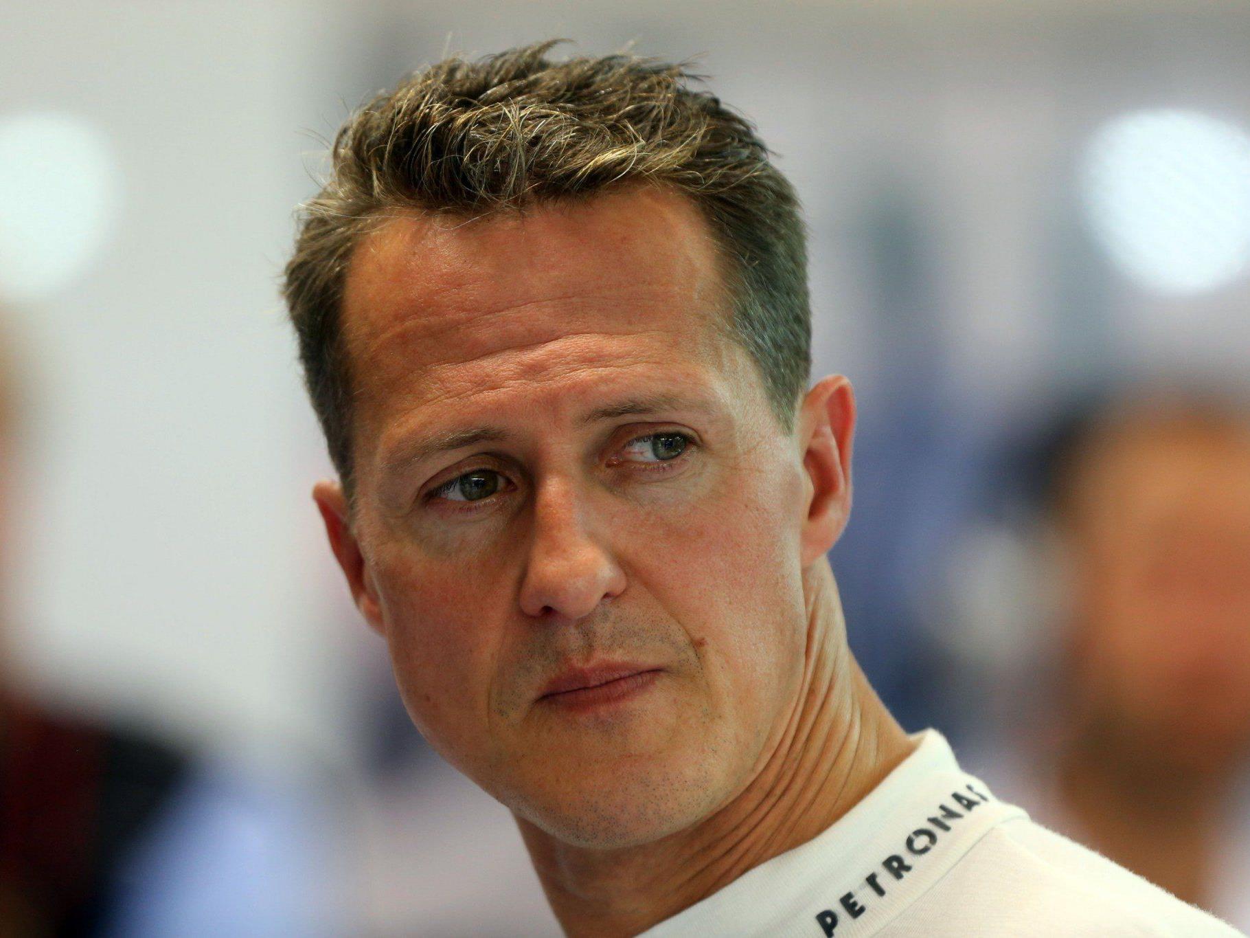 Schumacher war vor einer Woche von der Uniklinik in Grenoble nach Lausanne verlegt worden, nachdem er nicht mehr im Koma lag.