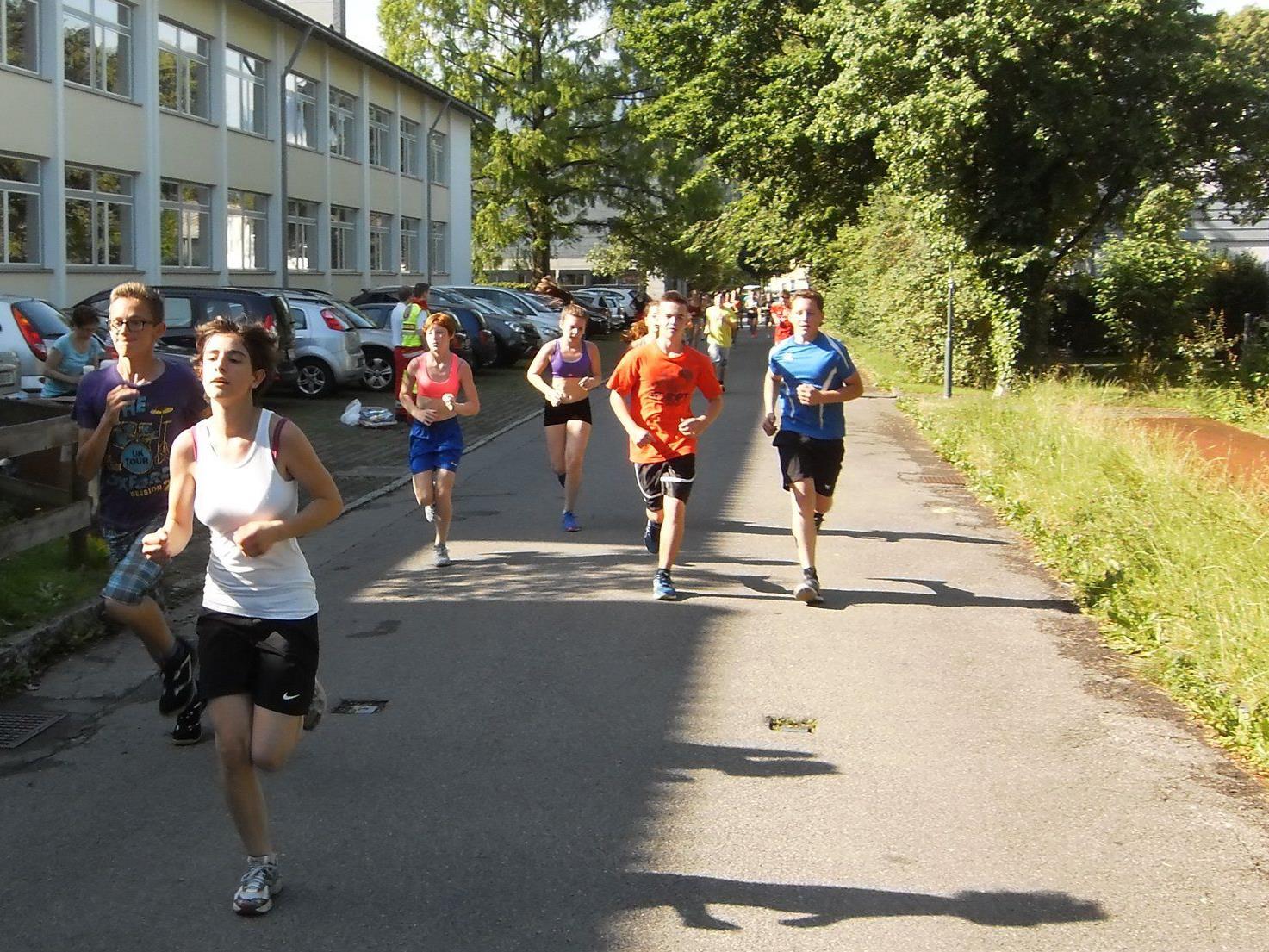 Schwitzen und laufen für den guten Zweck: die Schüler der MS Rankweil-West waren dabei!
