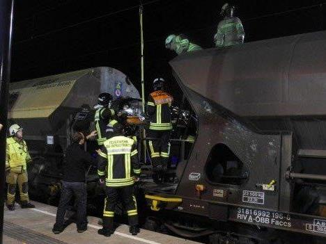 Bahnhof Hohenems: 22-Jähriger gerät in Stromkreis eines ÖBB-Güterwaggons. - © LPD/ Polizei Hohenems