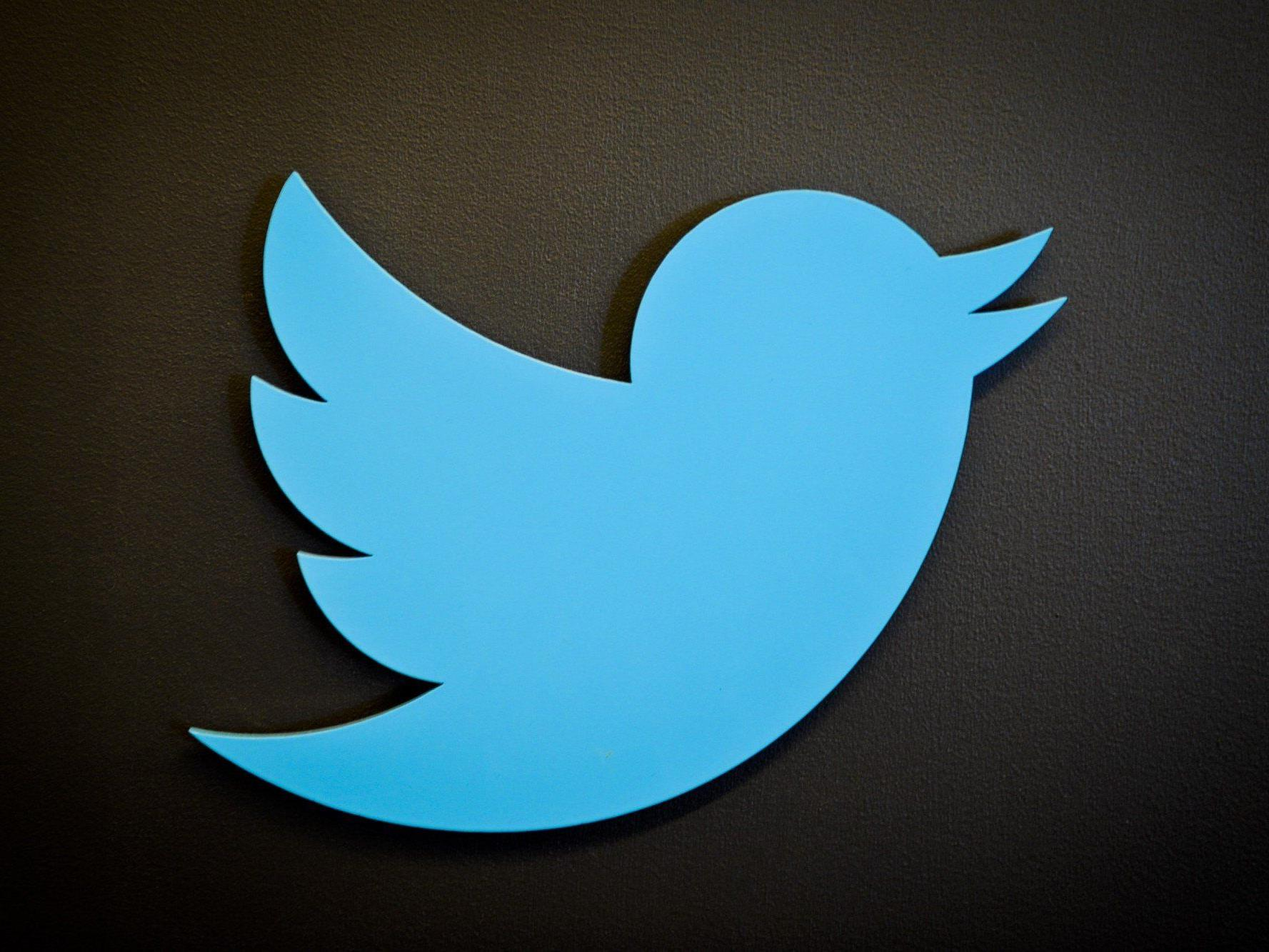 Österreichischer Twitter-Nutzer Firo Xl entdeckt Sicherheitslücke bei Tweetdeck - Client von Twitter blockiert.