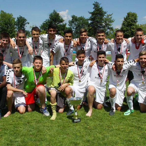 FC Dornbirn U-16-Mannschaft kürte sich mit einem 4:2-Sieg gegen Bregenz zum neuen Landesmeister.