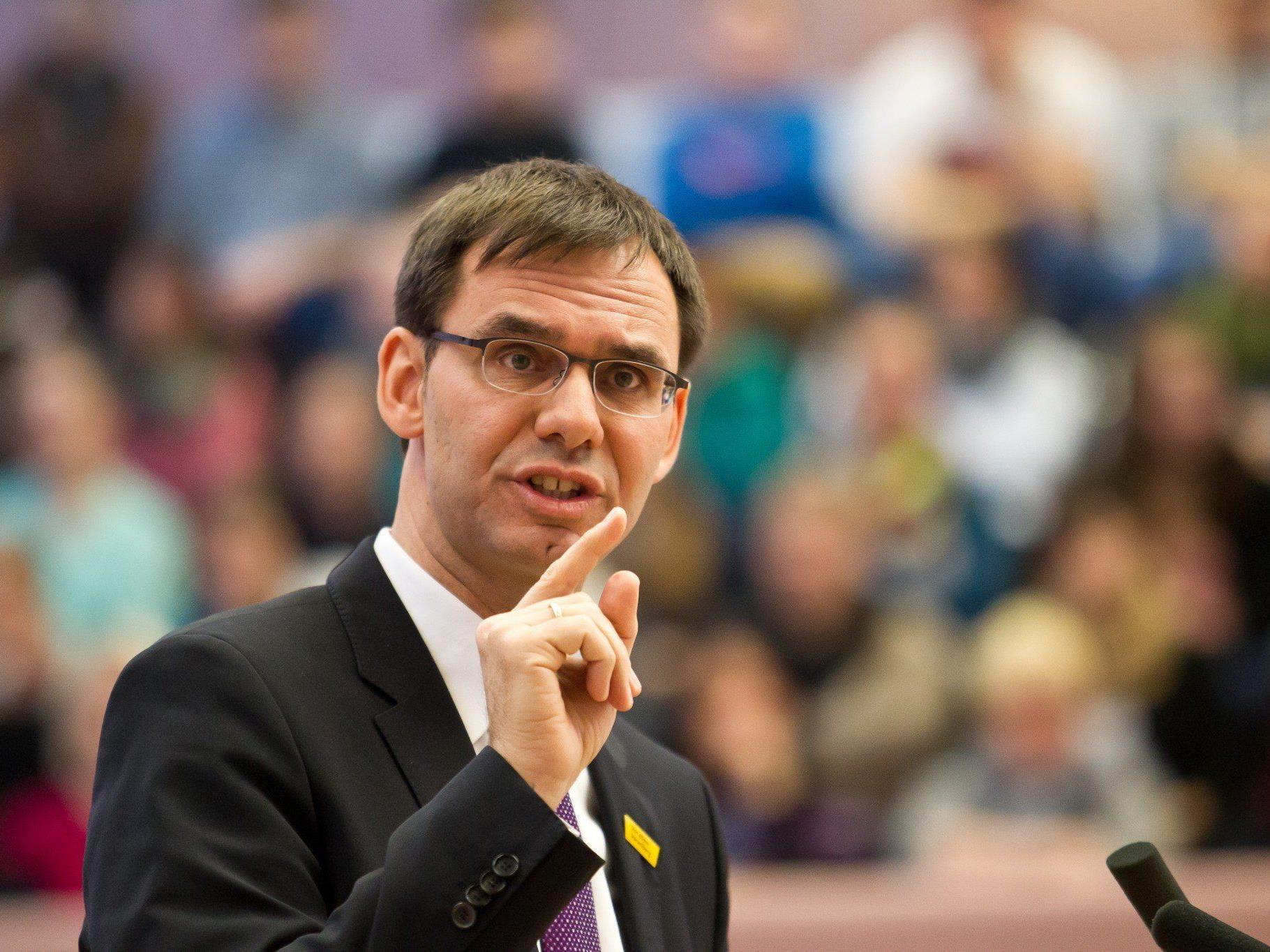 "Finanzminister verfolgt ""vernünftige Absicht"", auch Gläubiger zu beteiligen."