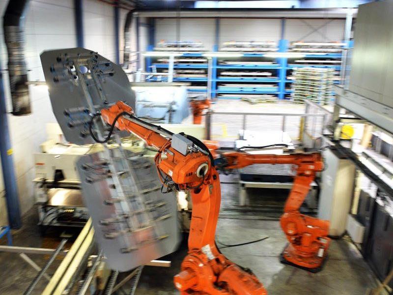 Die derzeitige Steuerpolitik fördere die Automation in Betrieben und schade dem Arbeitsmarkt, so Unternehmer Lingenhöle.