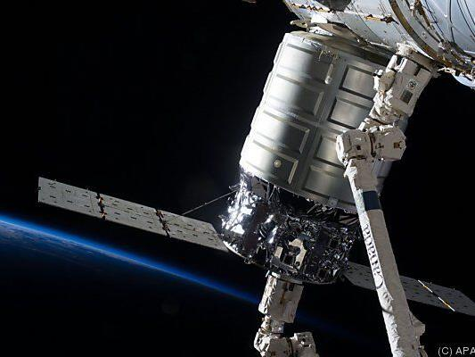 "Privater Raumfrachter ""Cygnus"""