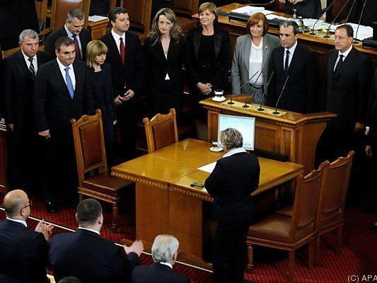 Abgeordnete stimmten für den Rücktritt