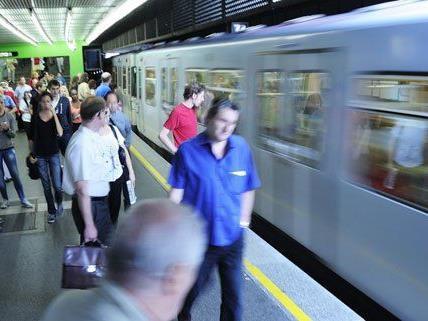 Streit unter Passagieren legte Wiener U4 lahm