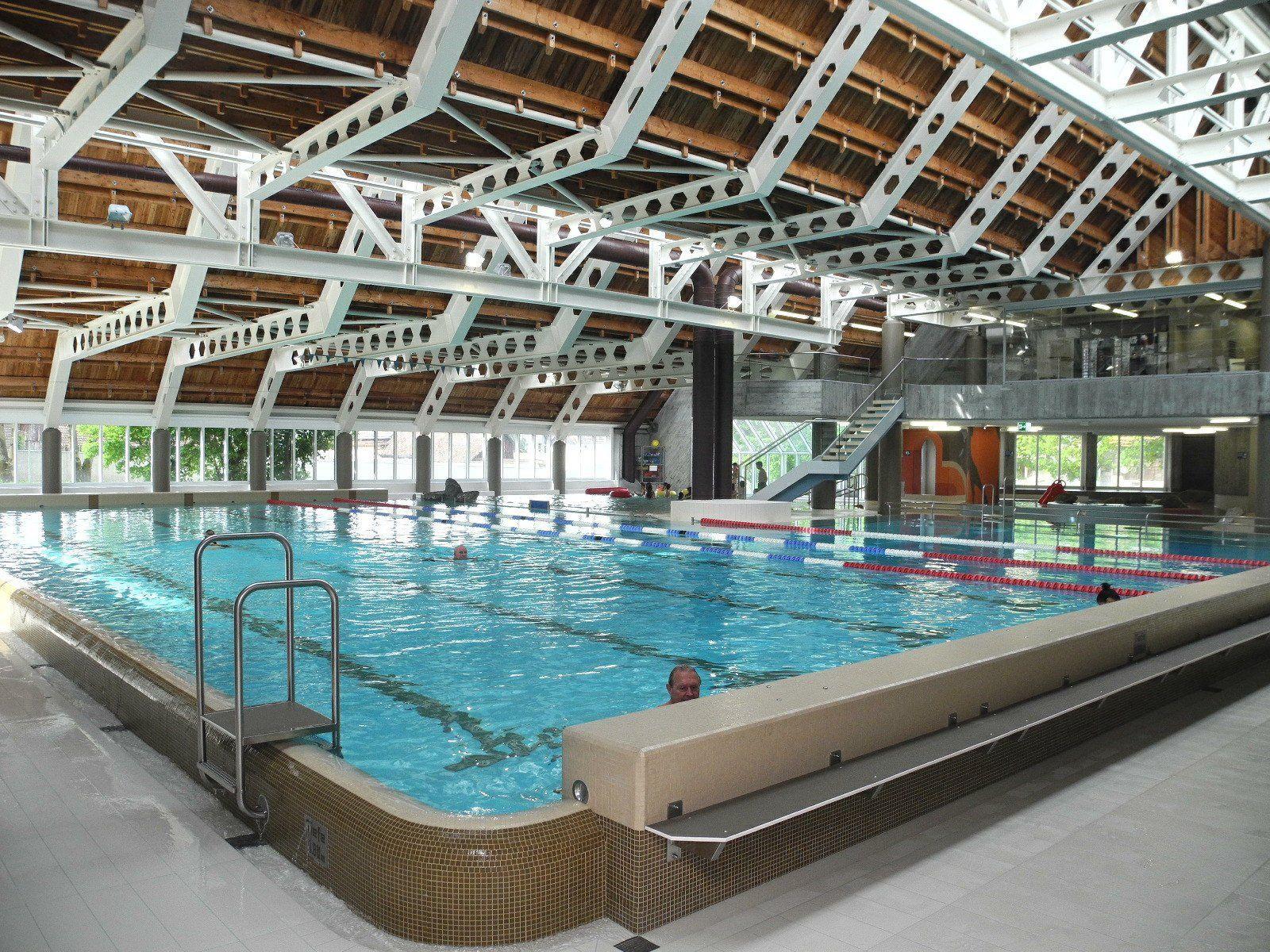 Das nächste Hallenbad befindet sich in Liechtenstein, genauer in Eschen