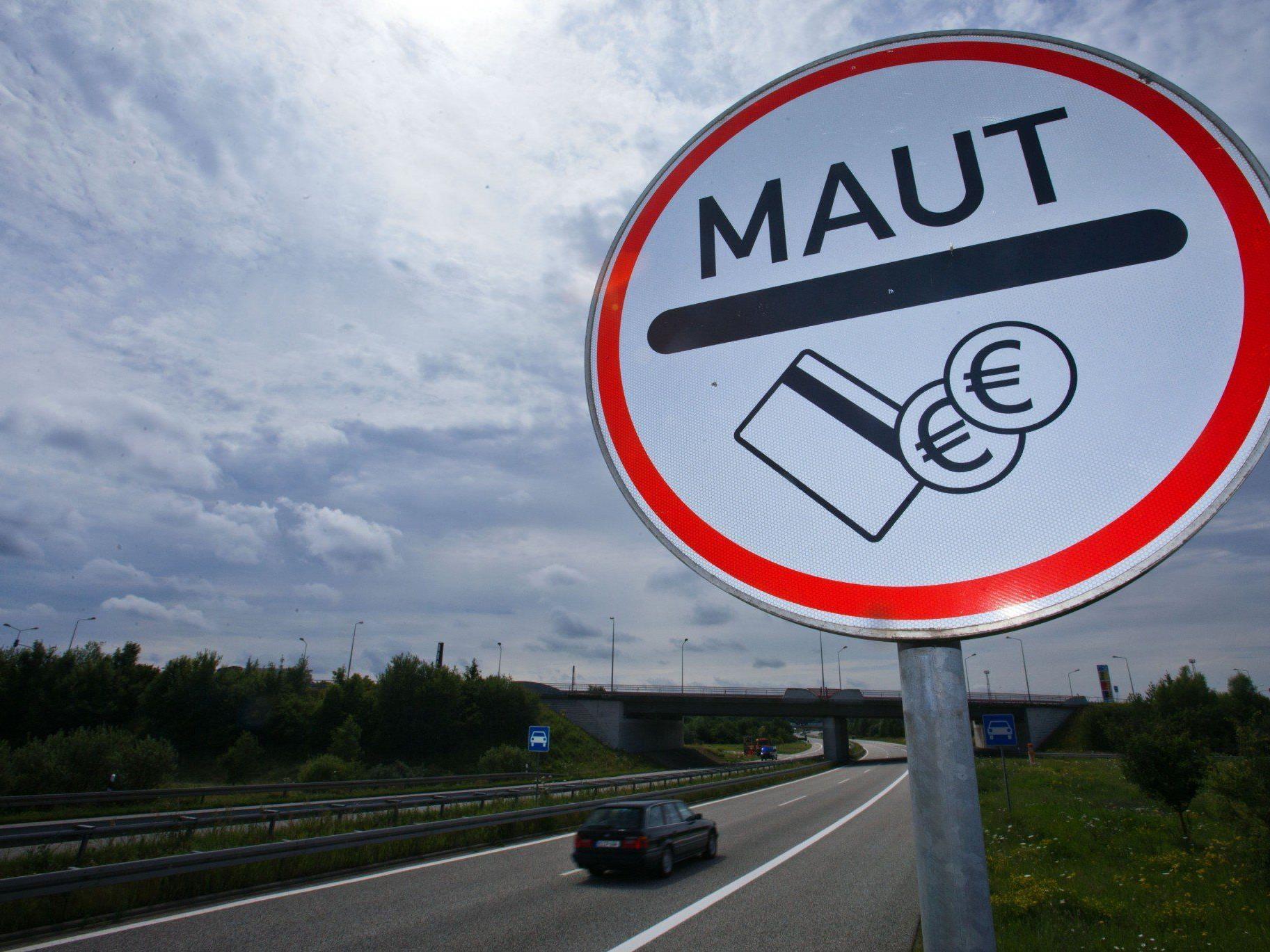 Ab 2016 sind die Straßen in Deutschland kostenpflichtig.