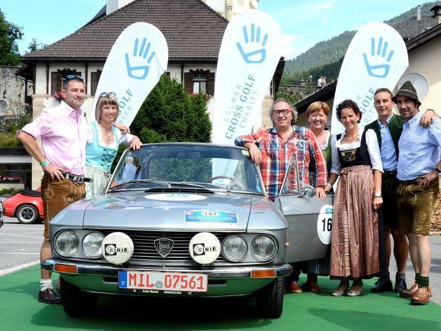 Der Kabarettist Urban Priol ließ seinen Oldtimer für die Golmer Cross Golf Charity versteigern.