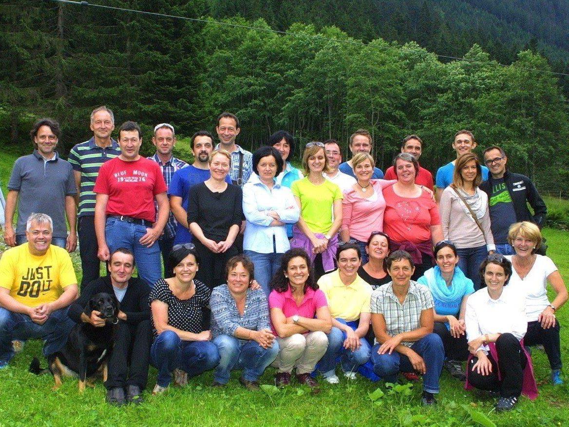 30 Cousinen und Vetter aus der Zudrell-Verwandtschaft trafen sich im Fellimännli.