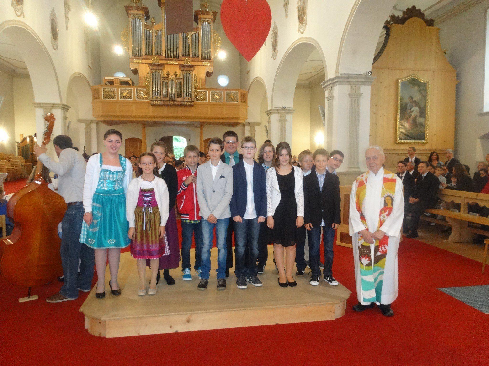 Firmlinge aus Tschagguns erhielten das Sakrament der Firmung.