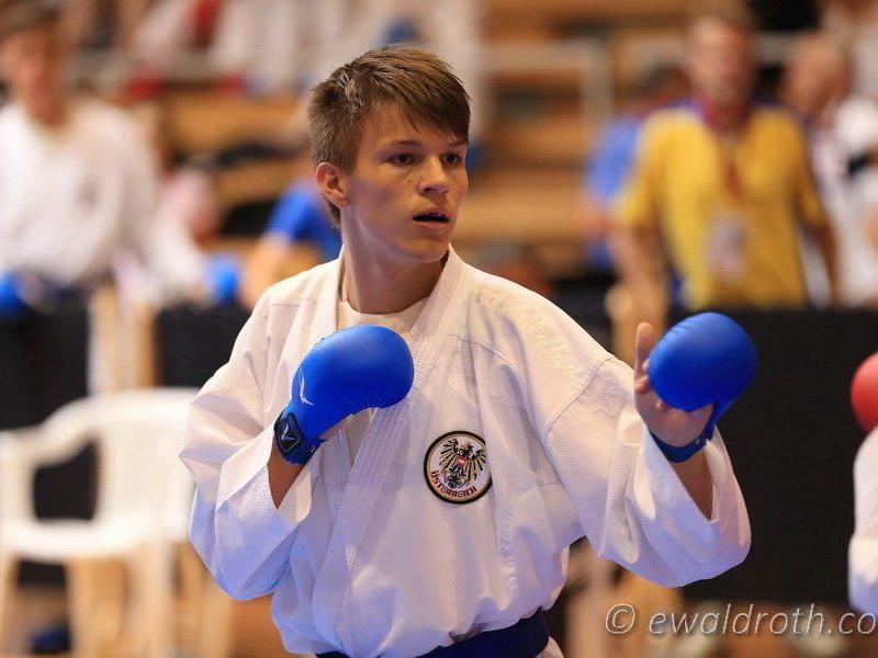 Der Dornbirner Andre Gratzer wird beim Weltcup in Kroatien ausgezeichneter Dritter.