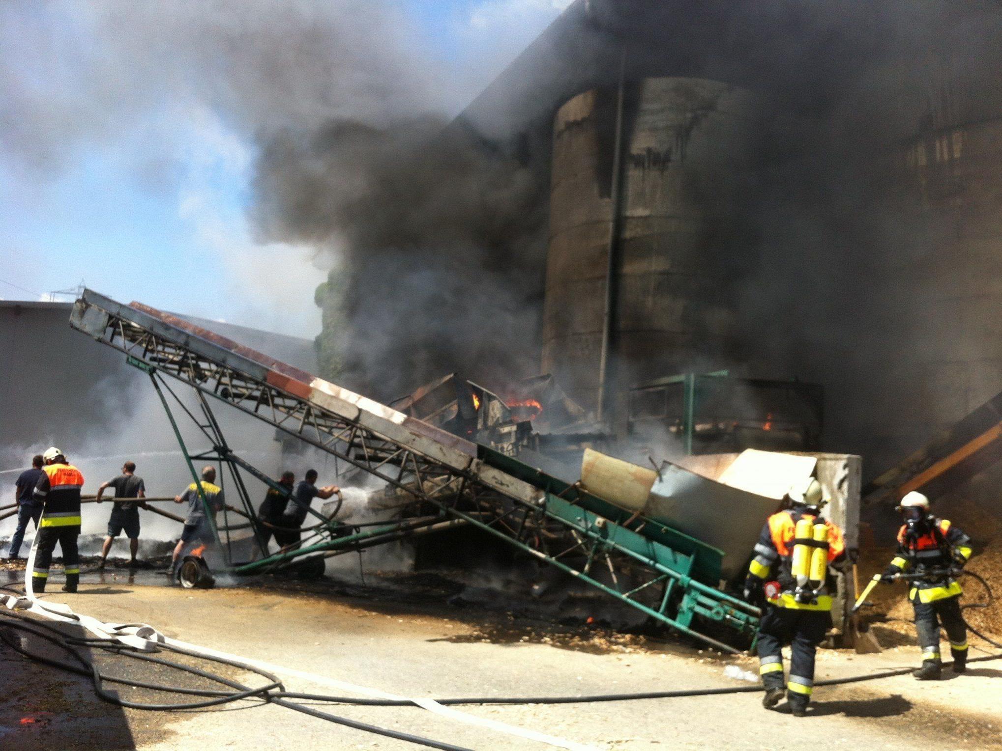 Hackschnitzel in Brand geraten.