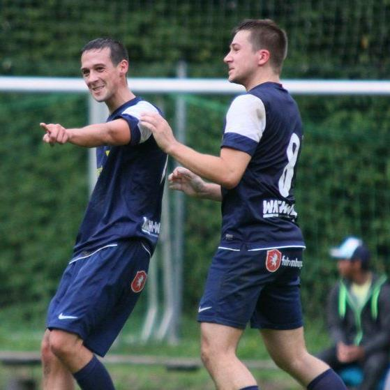 Martin Bartolini soll Underdog Hatlerdorf in die Landesliga schießen.