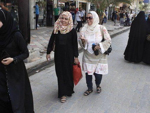 Es gibt Zeifel an einem Bericht, wonach für Frauen im Irak Genitalverstümmelung angeordnet wurde.