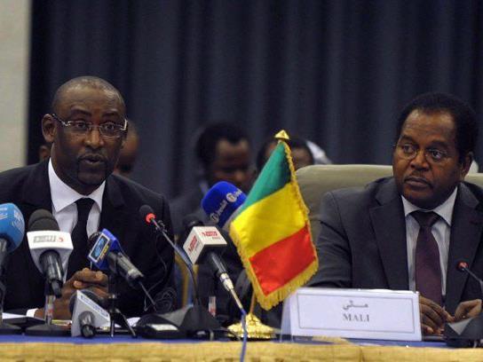 Der malische Außenminister Abdoulaye Diop sagt Bamako sei bereit für einen Friedensvertrag.