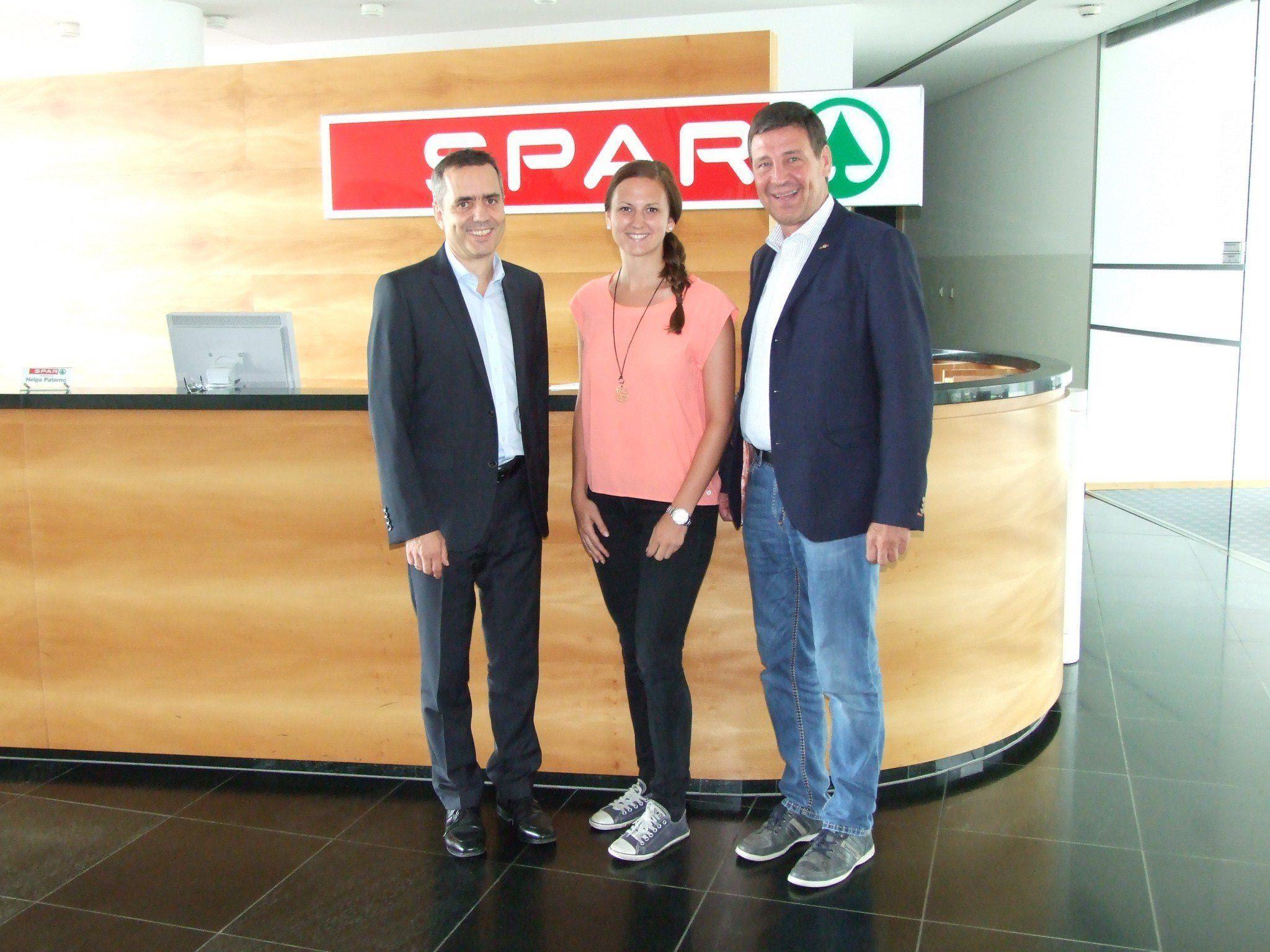 Marathon OK-Chef Robert Küng, die Partner vom Spar Gerhard Ritter und Judith Bertignoll