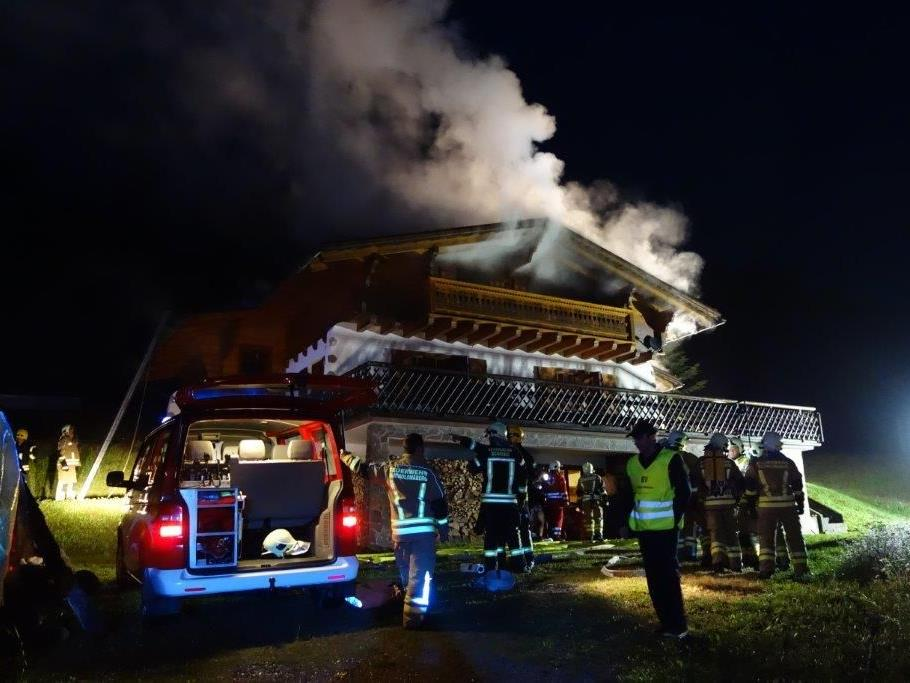 Feuerwehreinsatz beim Maisäß Sassella in Bartholomäberg.