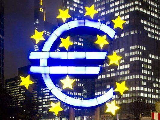 Baltisches Land führt ab 1. Jänner 2015 die Gemeinschaftswährung ein.