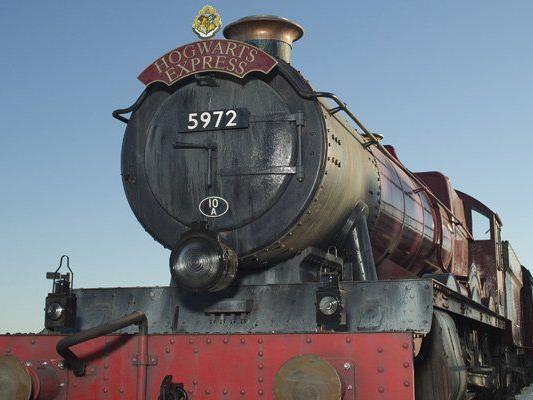 Der Hogwarts Express fährt nun in Orlando ab.