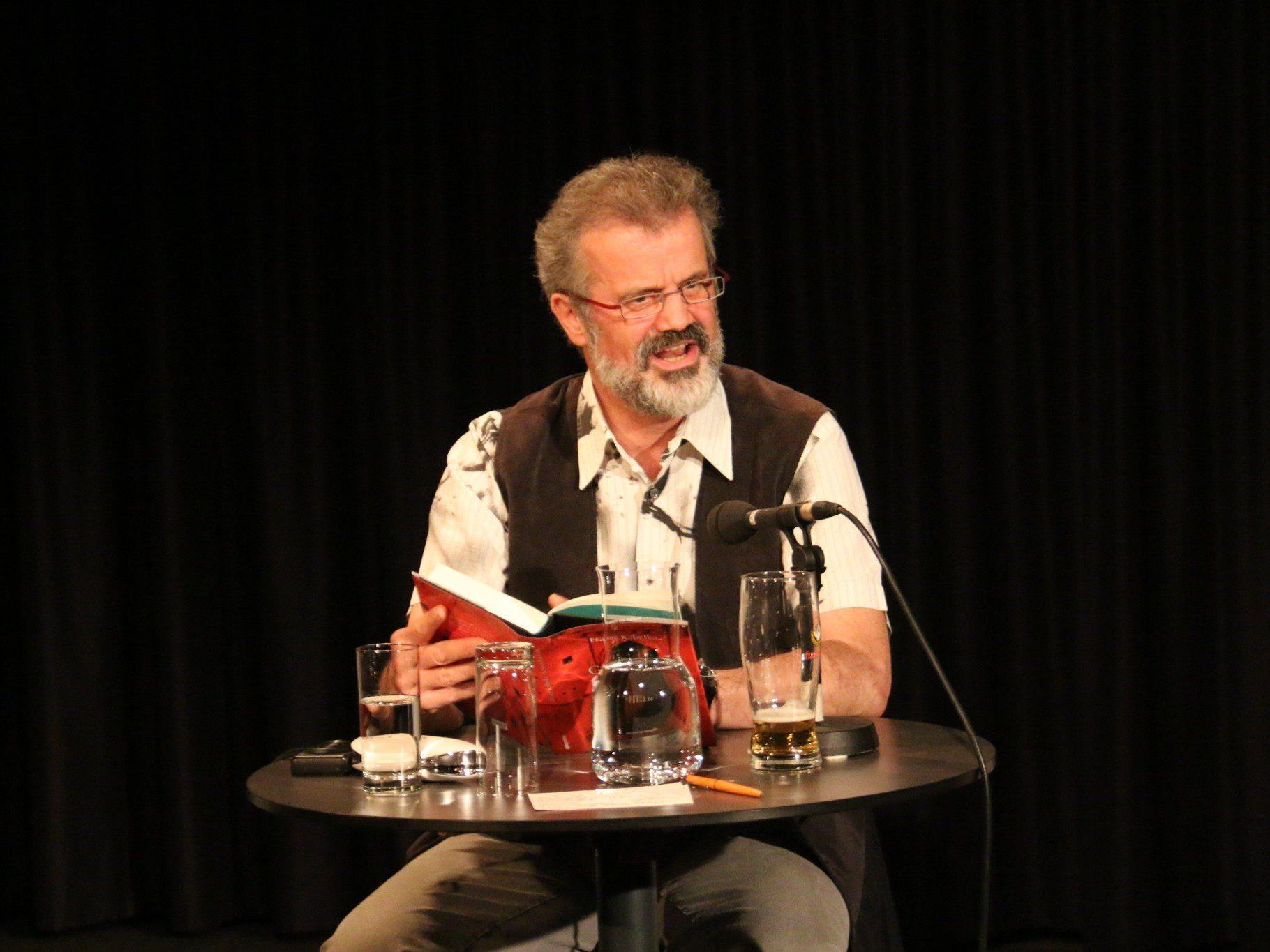 Franz Kabelka las im TAS aus seinem neuen Roman.