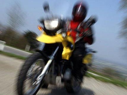 Schwerer Motorradunfall in NÖ.