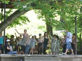 poolTanz-Woche ab 28. Juli: Eine besondere Ferienwoche voller Tanz und Live-Musik, voller Spaß und Bewegung.