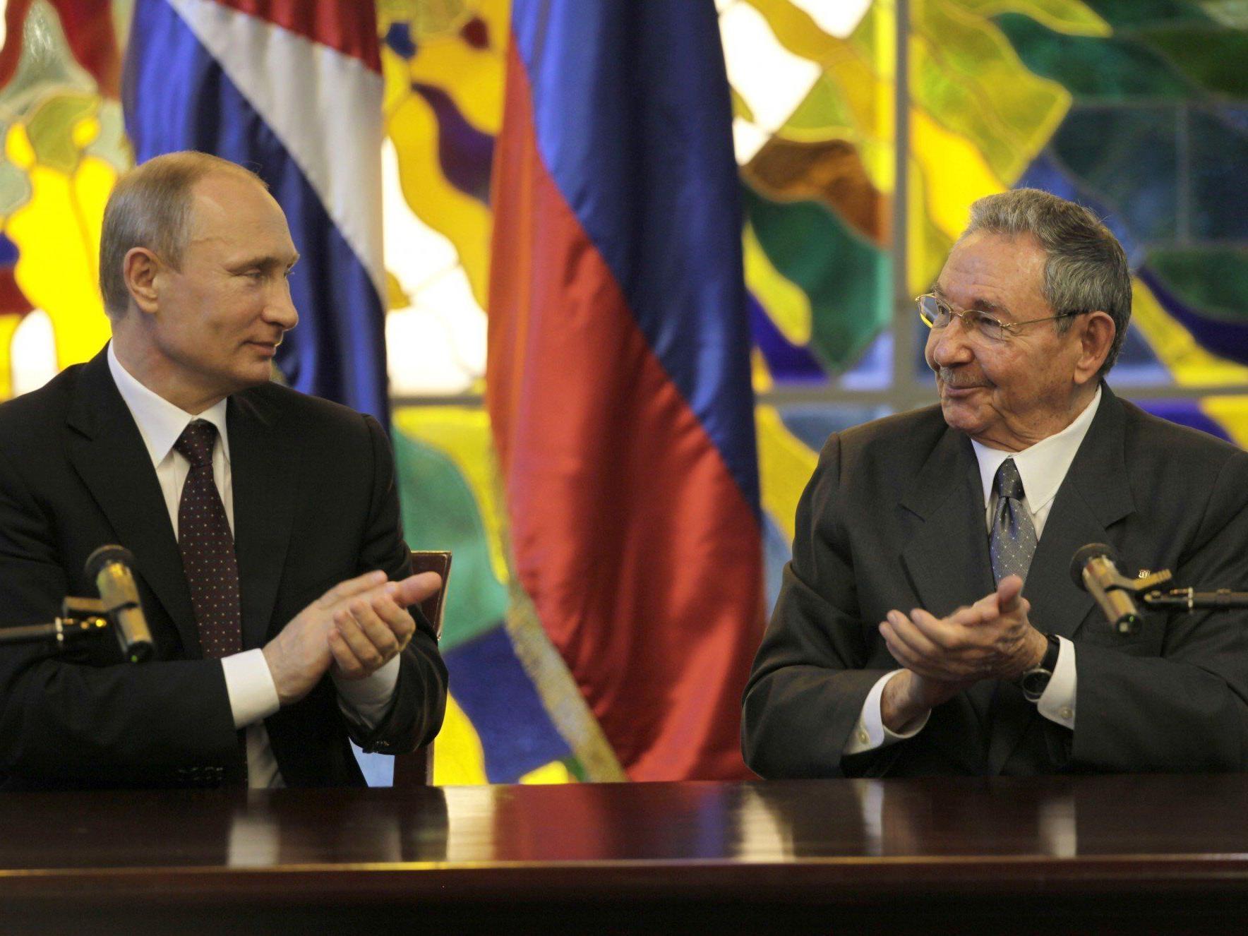 Russland und Kuba nähern sich einander wieder an.