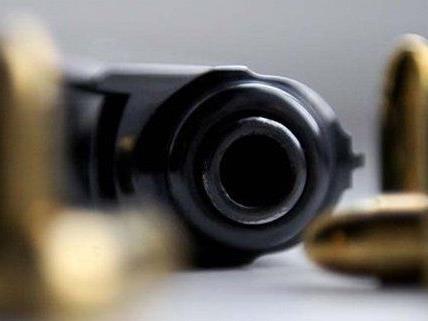 Tödliche Schüsse wurden auf einen Tankstellenräuber abgegeben