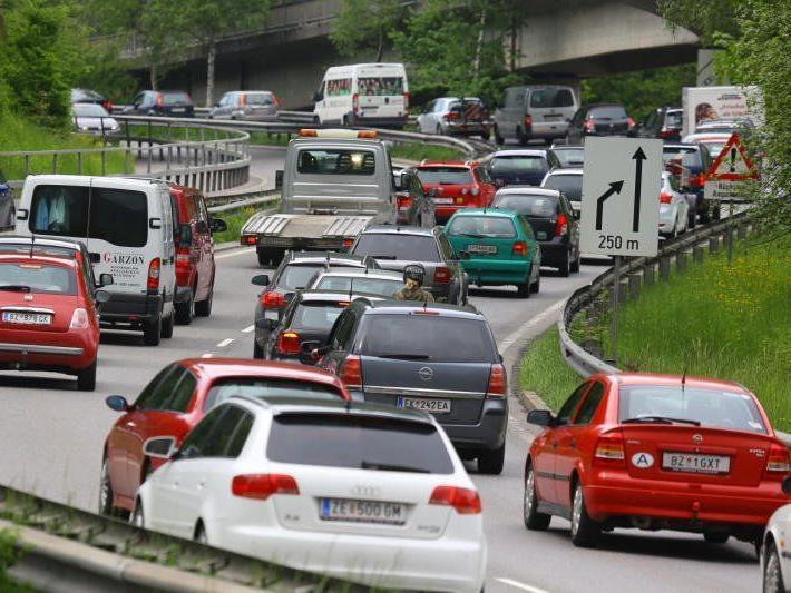 Stärkste Verkehrsbelastung auf A14 bei Dornbirn